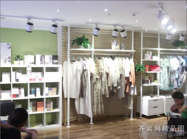 荆棘鸟服装店