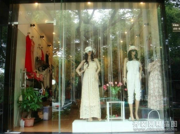 惠州市西湖衣服档口欧式风格装修效果图实景图