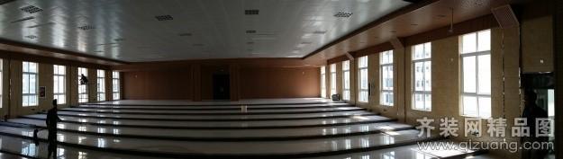 新星中学报告厅