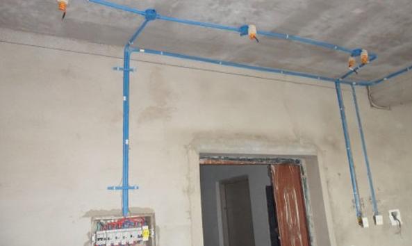 家装电路布线有什么样的原则 室内装修电路效果图