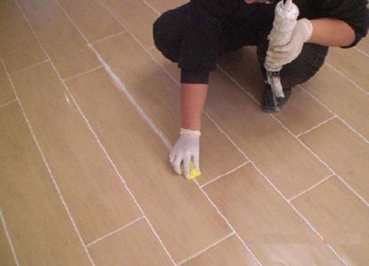 你见过瓷砖填缝剂吗?这个玩意怎么用呢?