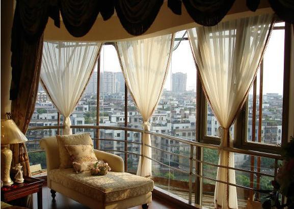 阳台的窗帘,竟然用了这样的款式