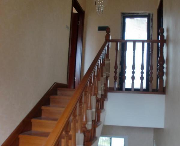 楼梯踢脚线安装全攻略