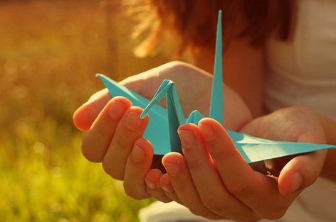 千纸鹤为什么受欢迎,千纸鹤的折法介绍