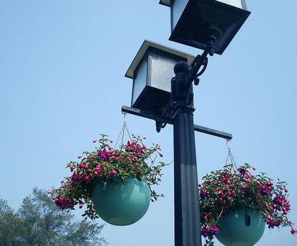 多功能的路灯设计