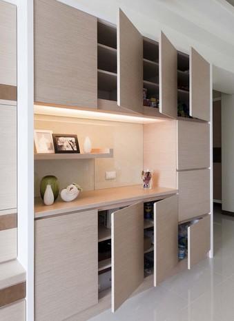 如何巧用空间设置收纳柜  让你的家居一下子变整洁