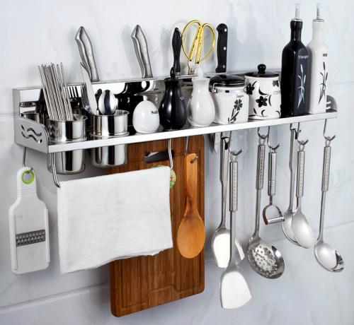 在选购厨房储物架时,我们应该注意什么?
