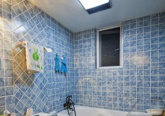 卫生间墙面铺贴瓷砖既美观又防水