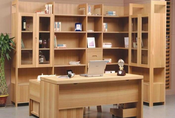 纯手工打造的木制书架